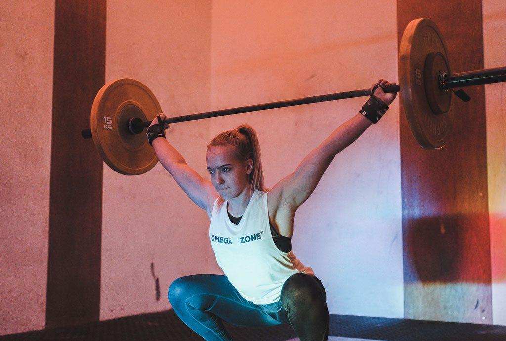 Milena beim Crossfit im Fitnesstudio