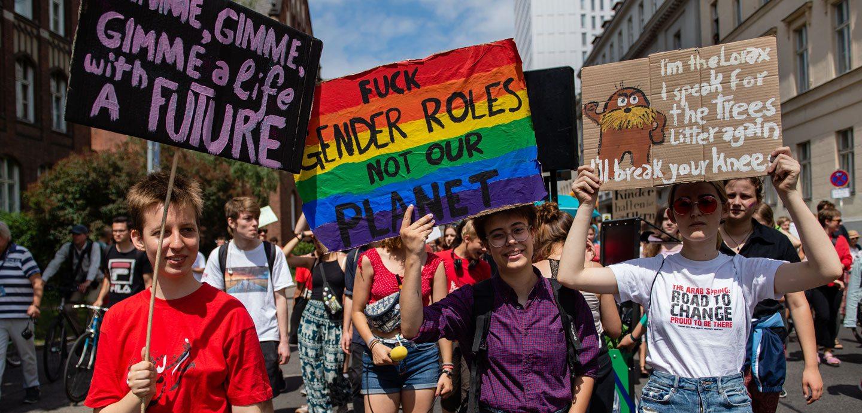 Demonstranten bei einer Fridays for Future Demo